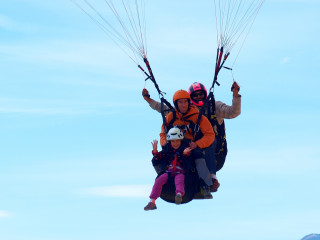 Tandem Paragliding Experience in the Pyrenees, from Barcelona
